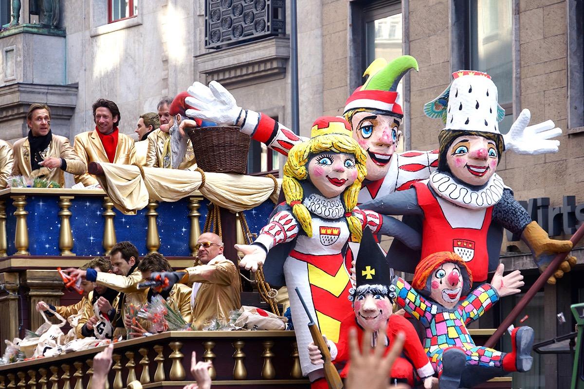 http://www.eugps.eu/assets/uploads/Street-carnival-in-Cologne-2014-472191181_6000x4000.jpg